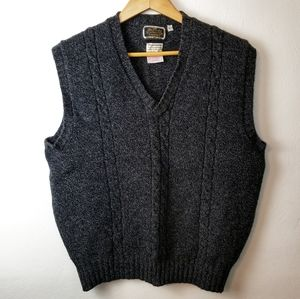 Vintage Britches Gray Wool Cable Knit Sweater Vest
